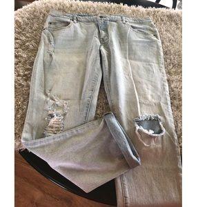 Mossimo Boyfriend Jeans Size 18